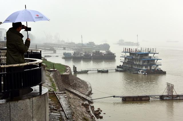流域环境风险隐患突出成为长江经济带持续健康发展的主要瓶颈。摄影/章轲